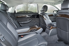 Comfortable rear with exclusive fittings:  Limousine with extended wheelbase