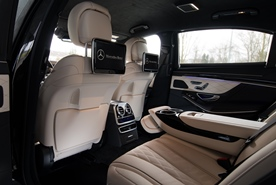 Luxury rear: extended legroom  and temperature-controlled leather seats